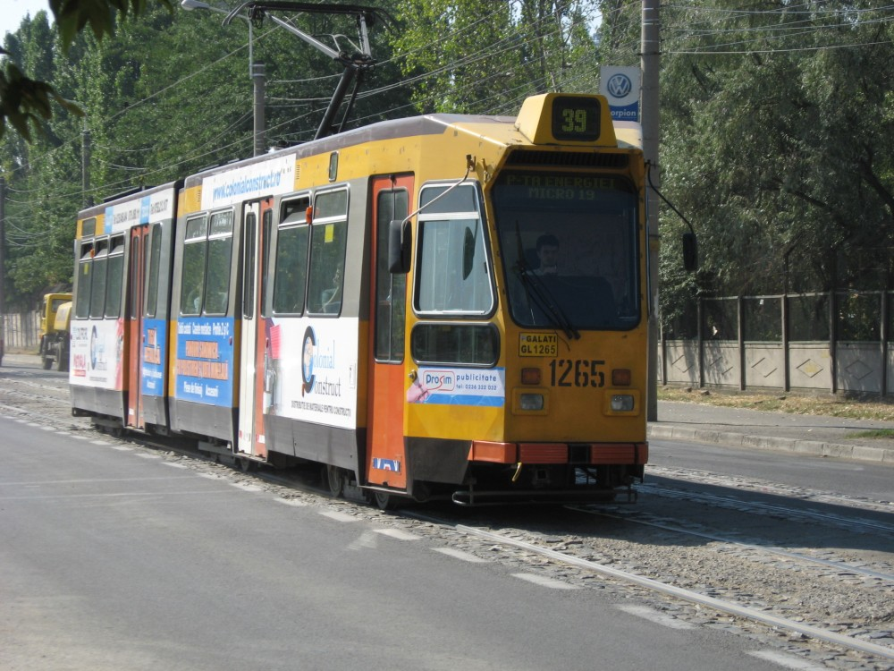 Tramvaiul_Transurb_-1265_(GL_1265)_marca_Duewag-Holec_provenit_din_Rotterdam_(Olanda)